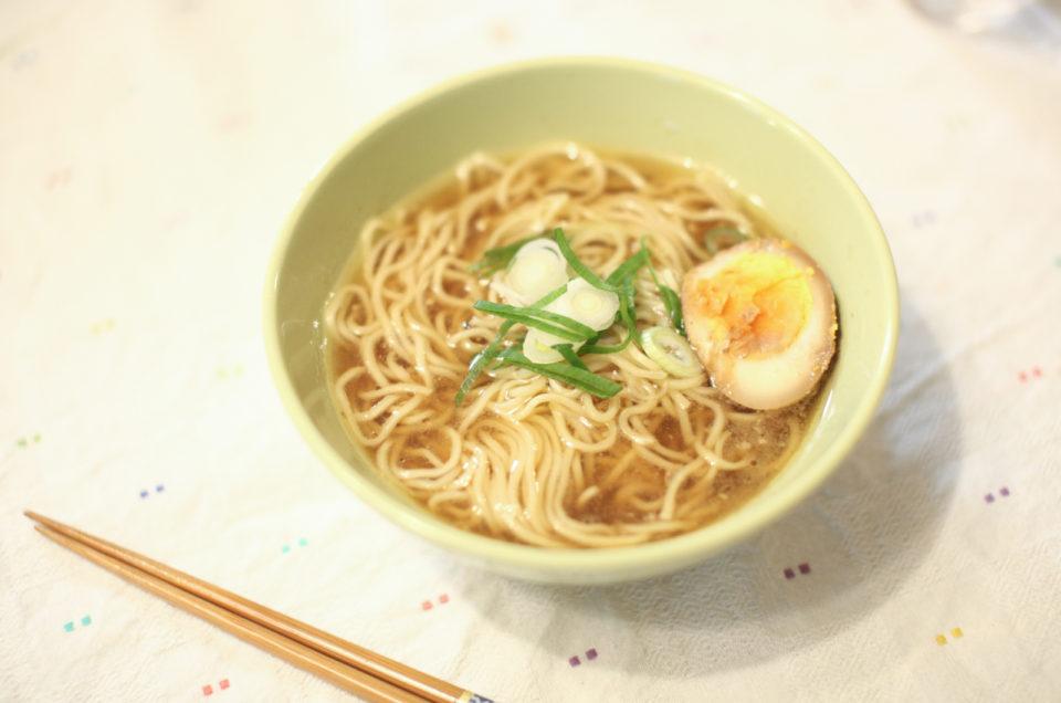 自家製 淡麗醤油ラーメン ポルチーニ茸オイルがけ Homemade Soy sauce base Ramen with Porcini mushrooms oil